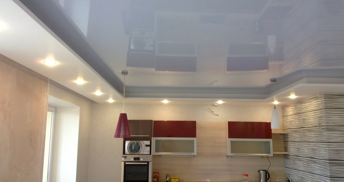натяжные потолки для зала (2)